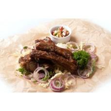 Ребрышки свиные с пикантным соусом