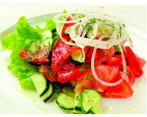 Салаты из свежих помидор фото